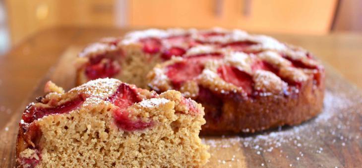 Recept Křehký celozrnný koláč s ovocem