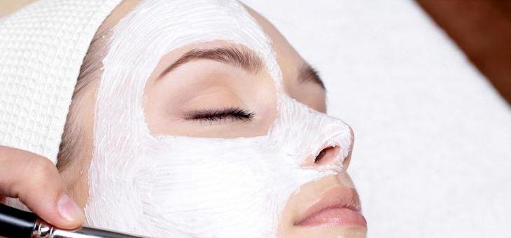 Recept Domácí vyhlazující ovesná pleťová maska