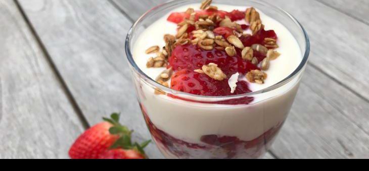 Recept Duo jogurtový pohár sovocem a musli
