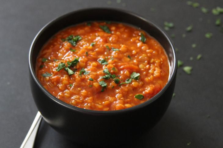 Recept Polévka z červené čočky se zázvorem